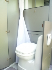 Twin 500S Toilet