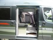 Twin 500S Side