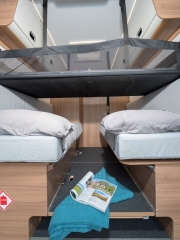 SunLiving V65SL rear bedroom