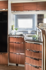 Coral XL Kitchen