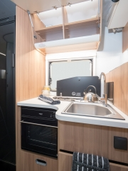 SunLiving S70SP kitchen hob and sink