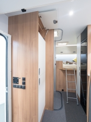 SunLiving S70SP wardrobes