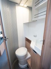 SunLiving S70SC bathroom