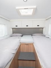 SunLiving S75SL rear bedroom