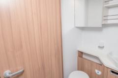 SunLiving S75SL bathroom