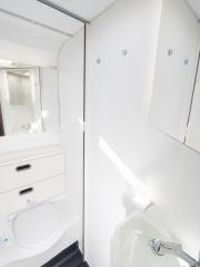 SunLiving S70DF Bathroom