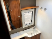 Adria Coral XL Plus bathroom features