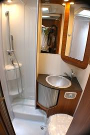 Hire-5-berth-bathroom