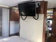 Adria Matrix Supreme 687SBC bedroom AVtex TV