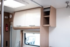 190118_MHC_motorhome_MRV-SunLiving-A35-Lido-4-berth-motorhome-for-hire-in-Bristol_020