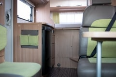 190118_MHC_motorhome_MRV-SunLiving-A35-Lido-4-berth-motorhome-for-hire-in-Bristol_029