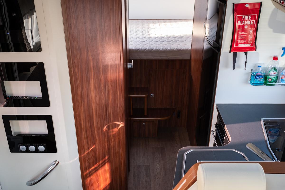 FXU - Coral XL - 5 berth - prestige - 018