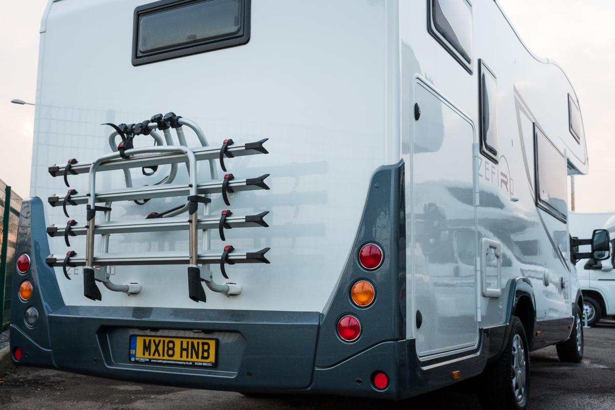 HNB-zefiro-690-rollerteam-6-berth-luxuryPLUS-_001