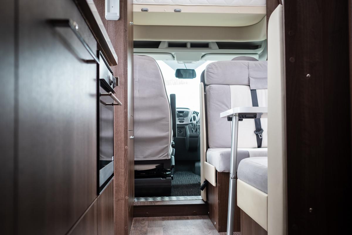 HNB-zefiro-690-rollerteam-6-berth-luxuryPLUS-_0035