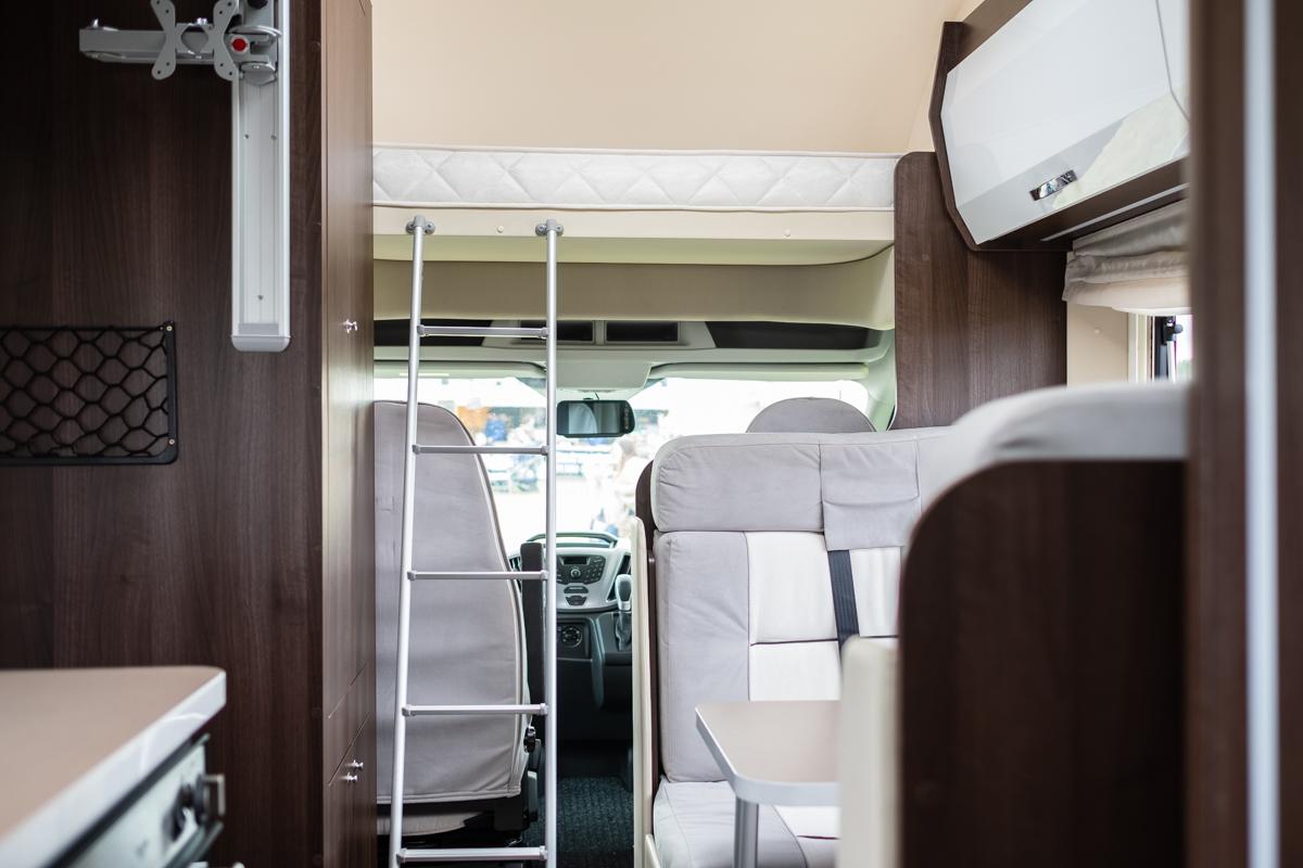 HNB-zefiro-690-rollerteam-6-berth-luxuryPLUS-_0042