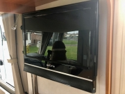 Hymer Exsis Silverline 562 tv and dvd