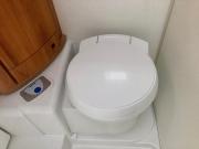 Hymer Exsis Silverline 562 toilet