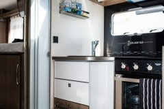 190621_MHC_motorhome_Pilote-Sensation-4-berth-luxury-motorhome-for-hire-Bristol-Somerset_lowres_013